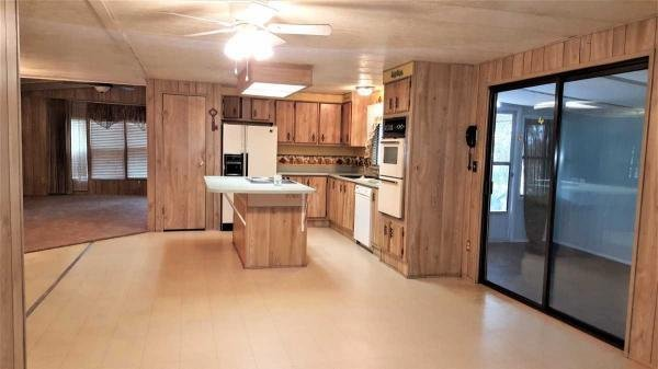 1984  Mobile Home For Rent