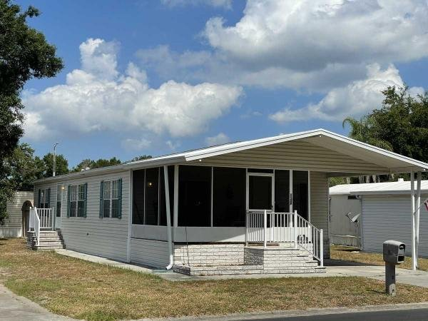 2005 LIFES Mobile Home For Sale