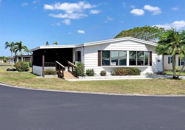 1985 TWIN Manufactured Home