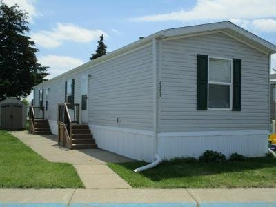 Mobile Home at 23657 Pine Drive Brownstown  Twp, MI 48174