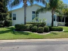 Photo 6 of 14 of home located at 1976 East Lakeview Drive Sebastian, FL 32958