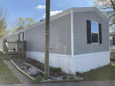 Mobile Home at 5900 W County Rd 350 N, Lot 21 Muncie, IN 47304