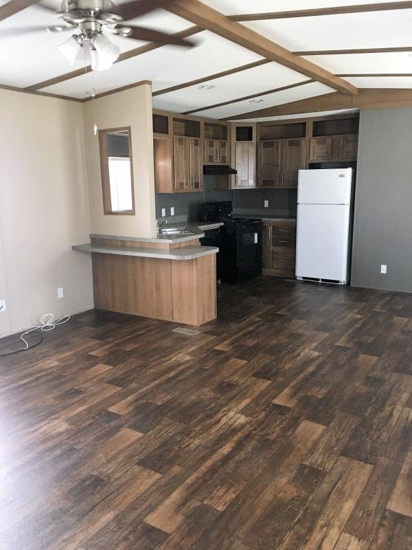 2015 CMH MANUFACTURING Mobile Home For Sale