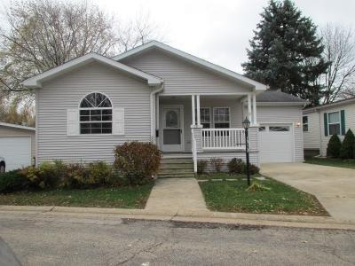 Mobile Home at 79 Parkwood Road Elgin, IL 60123