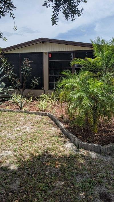 Mobile Home at 3519 Berry Bend Rd Valrico, FL 33594