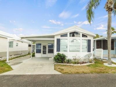 Mobile Home at 41219 Hockey Drive Lot 120 Zephyrhills, FL 33540
