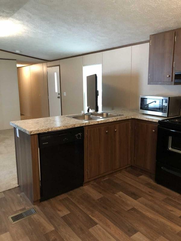 2019 SEHI Mobile Home For Sale