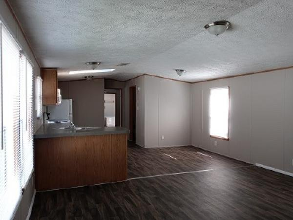 2001 Clayton Mobile Home For Rent
