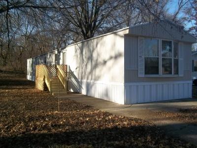 Mobile Home at 5704 N. Plaza Drive Lot Pd5704 Kansas City, MO 64118