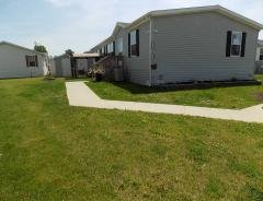 Photo 1 of 47 of home located at 25811 Loudon Dr Brownstown, MI 48134