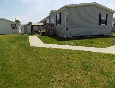Mobile Home at 25811 Loudon Dr Brownstown, MI 48134