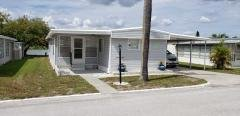 Photo 3 of 27 of home located at 1650 Moonraker Dr. Ruskin, FL 33570