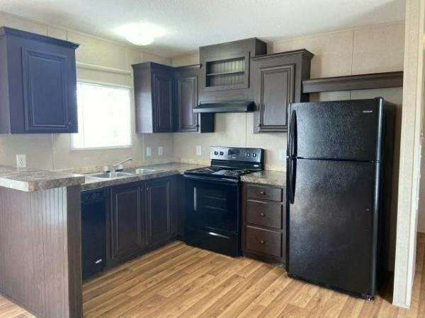 2016 FLEETWOOD Mobile Home For Sale