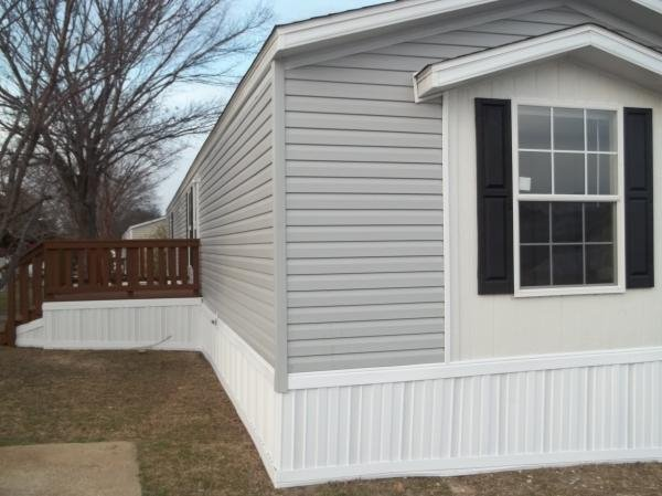 2015 FLEETWOOD HOMES Mobile Home For Rent
