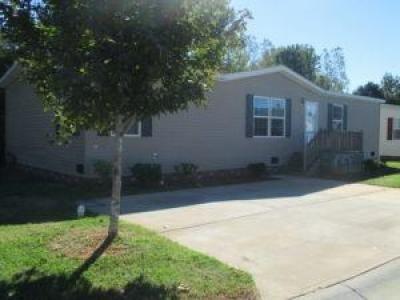Mobile Home at 11832 Spring Laurel Drive Charlotte, NC 28215