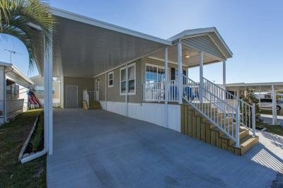 Mobile Home at 8225 Arevee Dr Lot 525 New Port Richey, FL 34653
