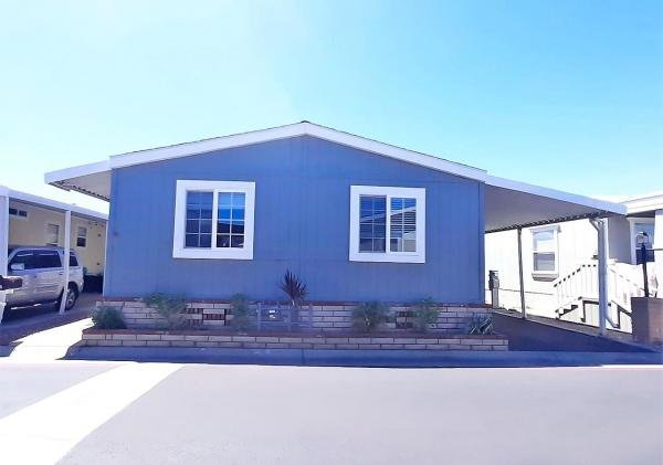 1990 Goldenwest Mobile Home For Rent