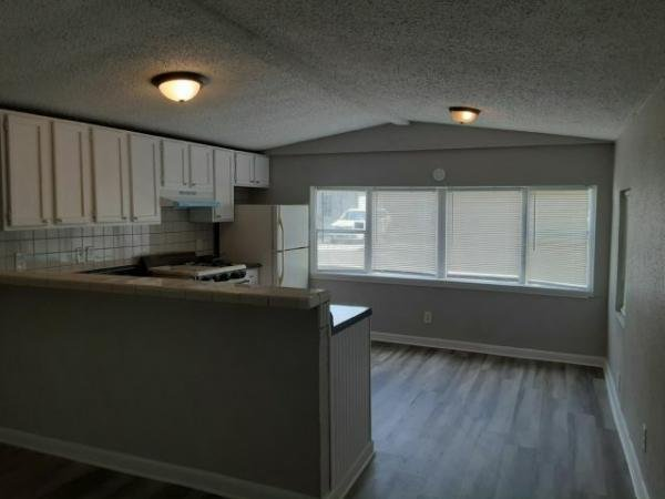 1983 LIBERTY Mobile Home For Rent