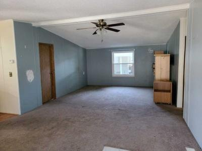 Mobile Home at 49498 Wisteria Ct Shelby Township, MI 48315