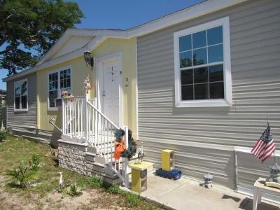 Mobile Home at 9029 Nautilus Cir Tampa, FL 33635