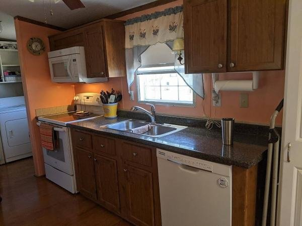 2005 GENR Mobile Home For Sale