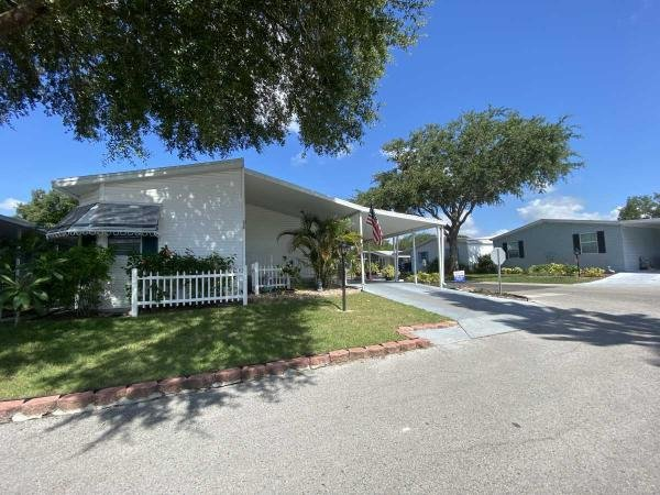 Photo 1 of 2 of home located at 135 Choo Choo Lane Valrico, FL 33594