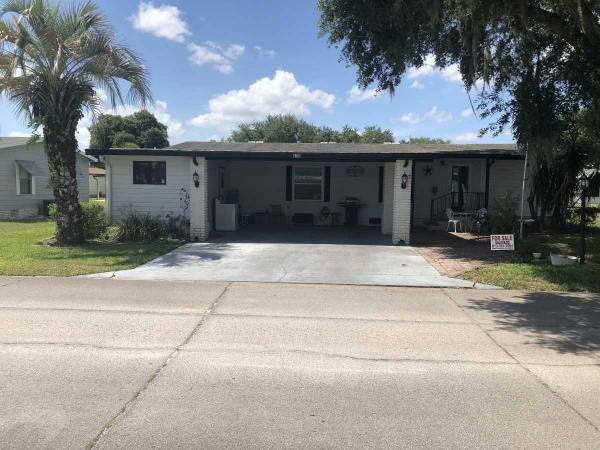 Photo 1 of 2 of home located at 635 N. Edgewater Plant City, FL 33565