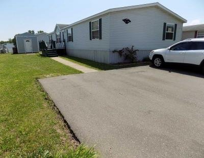 Mobile Home at 9296 Feather Hollow Dr Newport, MI 48166