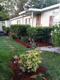 Photo 2 of 23 of home located at 14126 Hunter Grove Drive Orlando, FL 32828