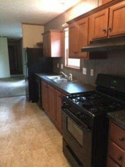 Mobile Home at 42 Pin Oak Drive Coopersville, MI 49404
