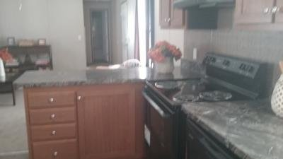 Mobile Home at 2025 Yorkshire Drive Lot 52 Peoria, IL 61604