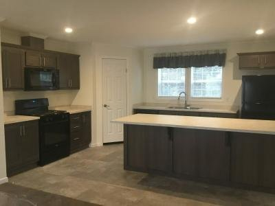 Mobile Home at 28 Woodside Mckean, PA 16426