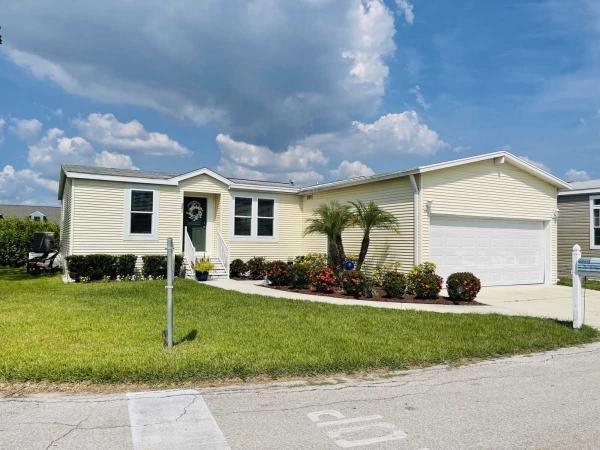 Photo 1 of 2 of home located at 201 Amsterdam Ellenton, FL 34222