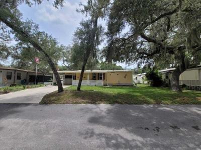 Mobile Home at 3853 Oakhurst Ln Zephyrhills, FL 33541
