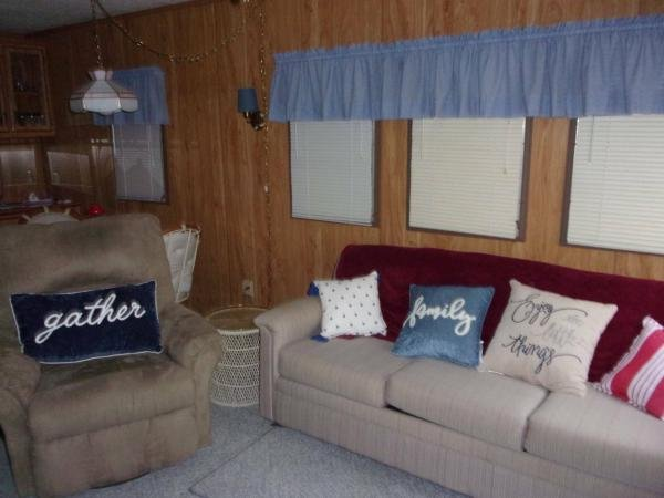 1985 RAVE Mobile Home For Sale