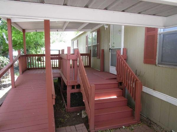 1999  Carriage Hill Mobile Home For Sale