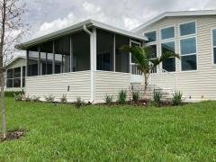 Photo 6 of 7 of home located at 1111 West Lakeview Drive Sebastian, FL 32958