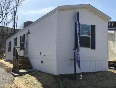 Mobile Home at 12 Winchester Court Imperial, PA 15126