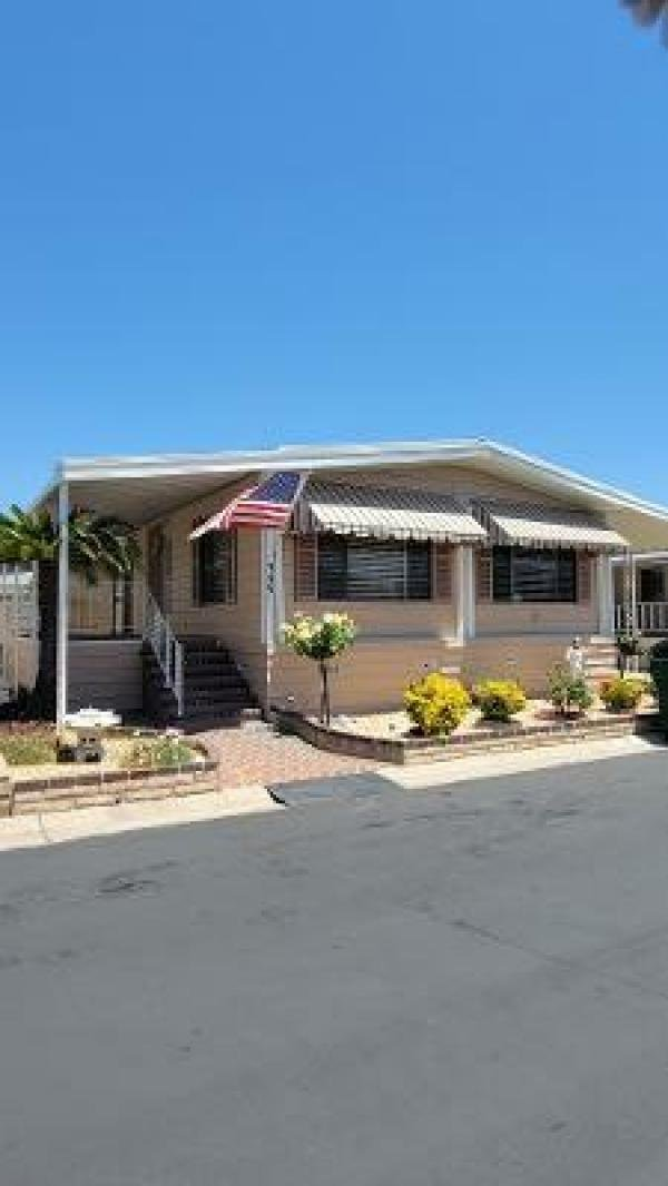 1976 Goldenwest Mobile Home For Sale