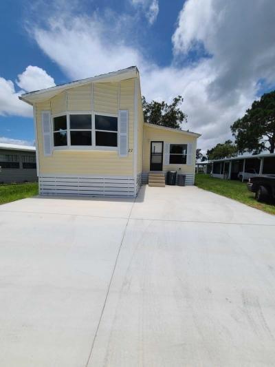 Mobile Home at 27 Mediterranean Blvd E Port Saint Lucie, FL 34952