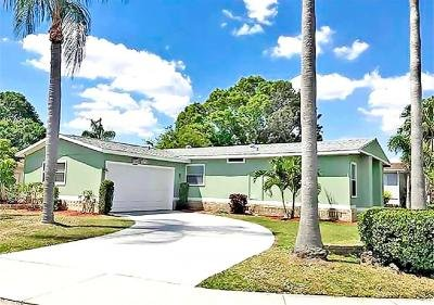 Mobile Home at 142 Las Palmas Blvd North Fort Myers, FL 33903
