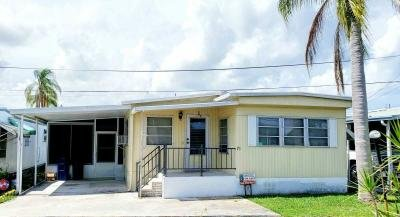 Mobile Home at 8705 S Tamiami Tr Lot 75 2nd St Sarasota, FL 34238