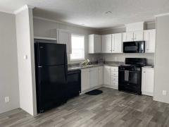 Photo 4 of 11 of home located at 5149 Tokay Drive Flint, MI 48507