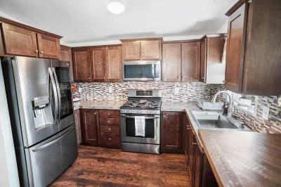 Mobile Home at 7560 Woodman Place #52 Van Nuys, CA 91405