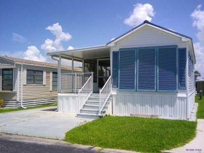 Mobile Home at 16295 Davis Rd, # 115 Fort Myers, FL 33908