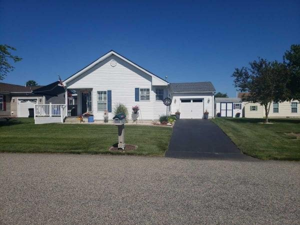 Photo 1 of 2 of home located at 9 Fort Lee Drive Manahawkin, NJ 08050