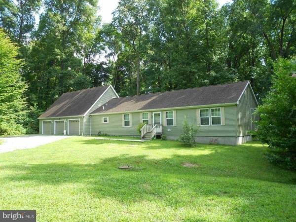 Photo 1 of 2 of home located at 186 Yoder Drive Bainbridge, PA 17502