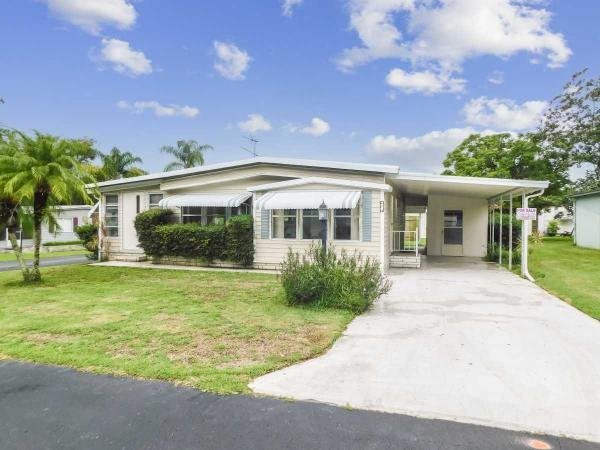 Photo 1 of 2 of home located at 4627 Flamingo Drive Zephyrhills, FL 33541