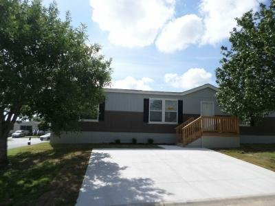 Mobile Home at 7460 Kitty Hawk Rd Site 033 Converse, TX 78109