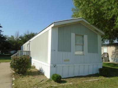 Mobile Home at 501 E 63rd Street N, #114 Park City, KS 67219